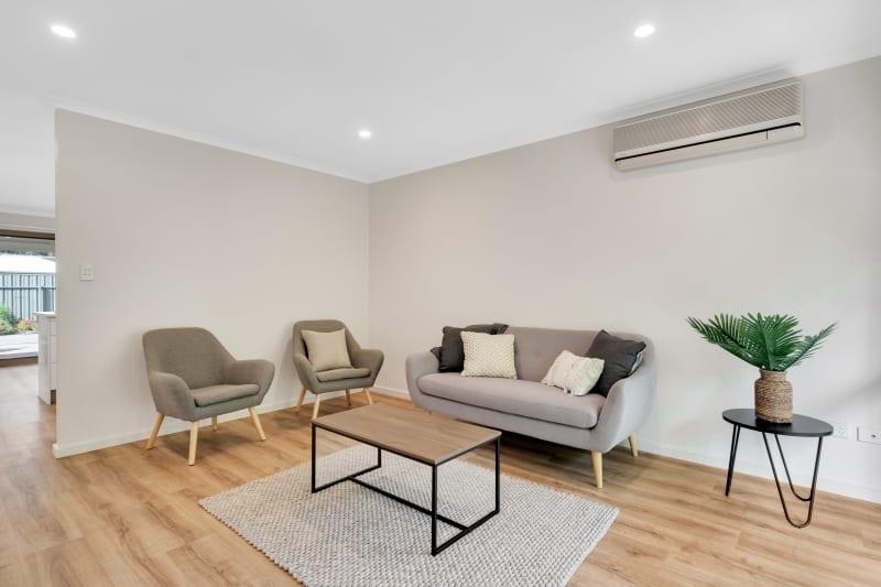 Aberfoyle-park-retirement-living-furnished-lounge