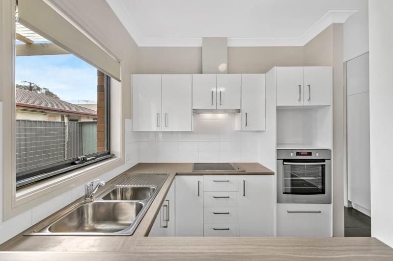 Hampden-Street-Large-Kitchen-Stainless-Steel-Oven