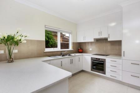 East-Tce-kitchen