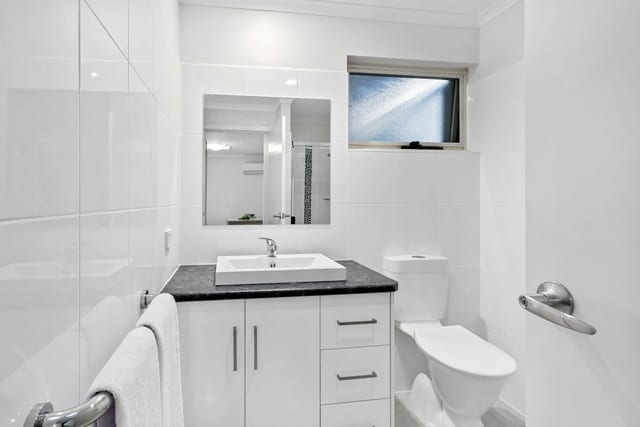 Joslin retirement living bathroom