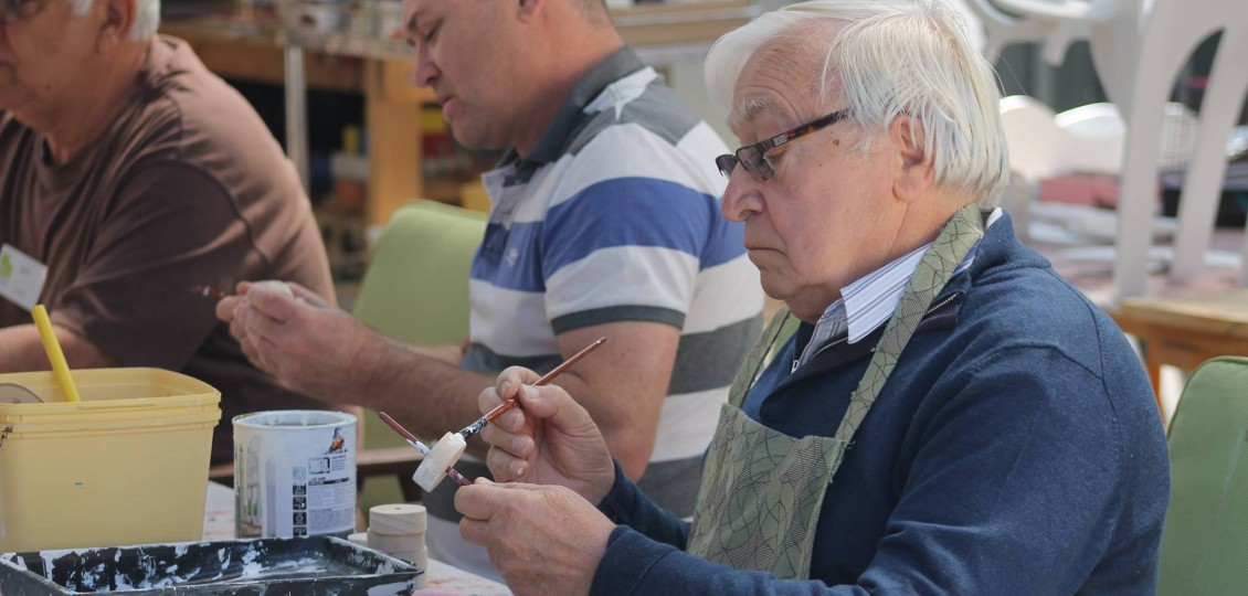 Port Noarlunga residential care home resident at painting workshop