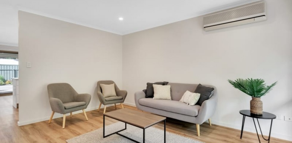 Aberfoyle-park-retirement-living-furnished-lounge