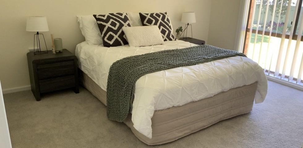 Morphett Vale retirement living unit bedroom