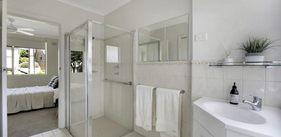 magill retirement living unit 103 bathroom