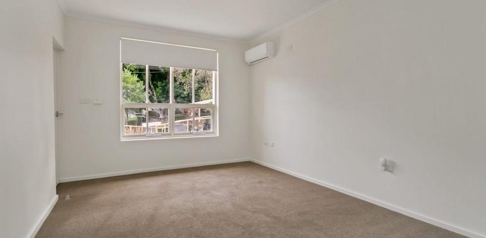 magill retirement living unit 37 empty bedroom side view