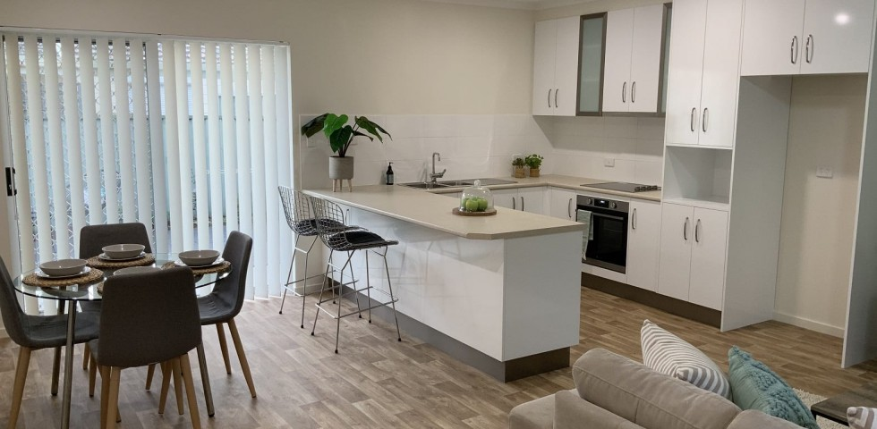 internal kitchen dine lounge