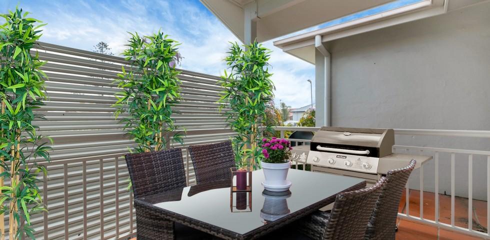 Kapara Balcony with dining and bbq