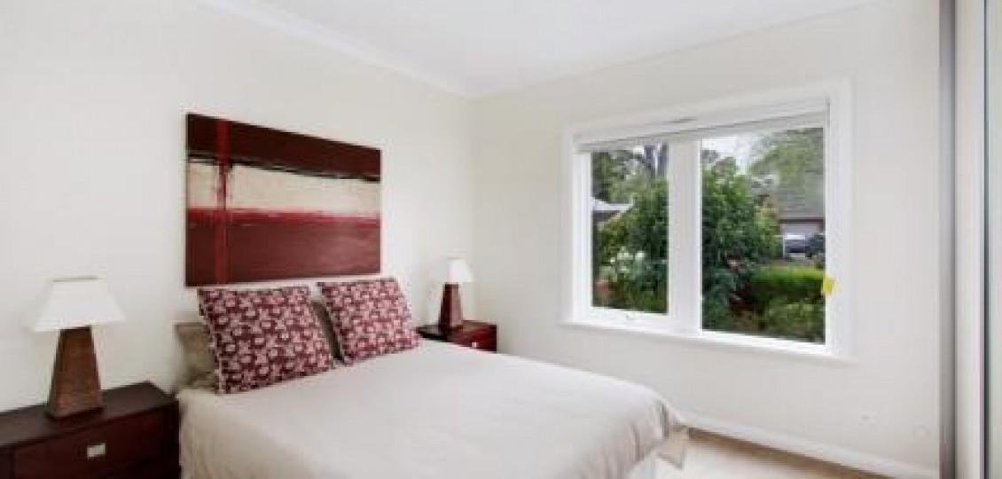 Kensington Gardens retirement living bedroom